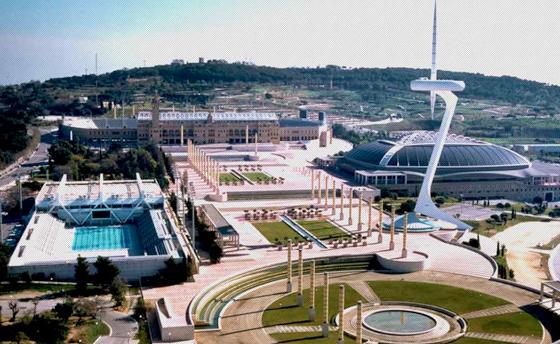 El mayor espect culo de deportes de acci n del mundo for Piscina olimpica barcelona
